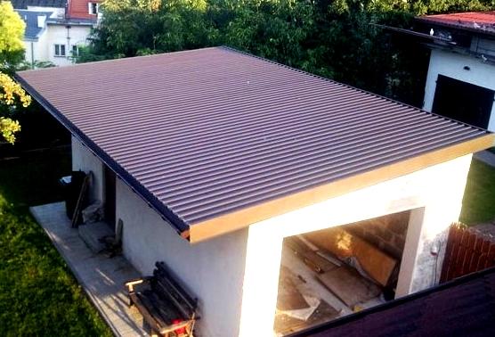 Чем лучше покрыть крышу гаража? Советы мастера