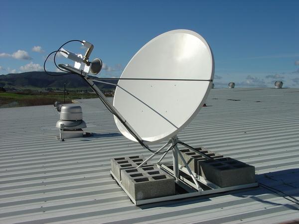 Монтаж антенны на плоской крыше
