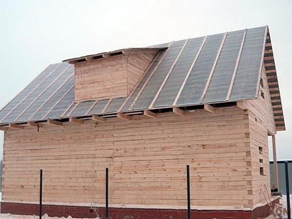 Укладка гидроизоляции на скатной крыше