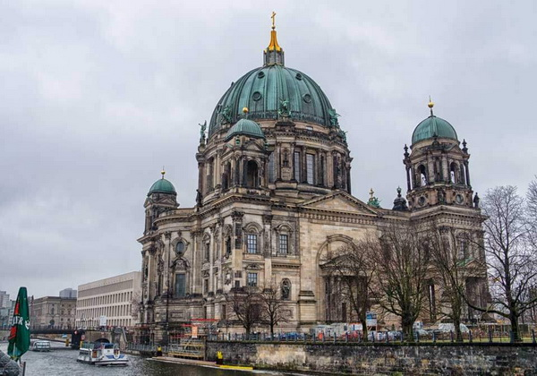 Медный купол Берлинского кафедрального собора