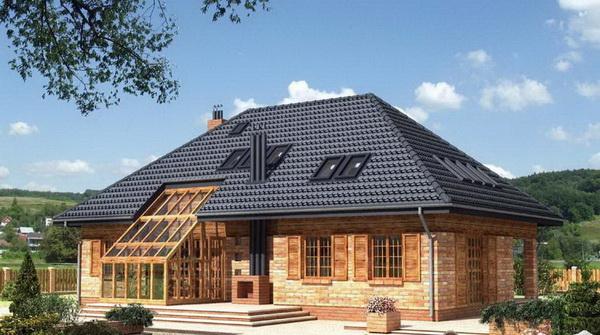 Вальмовая крыша дома
