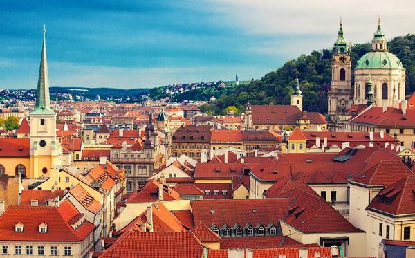 Черепичные крыши Старой Европы