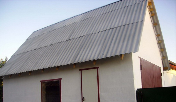 Крыша сарая из шифера