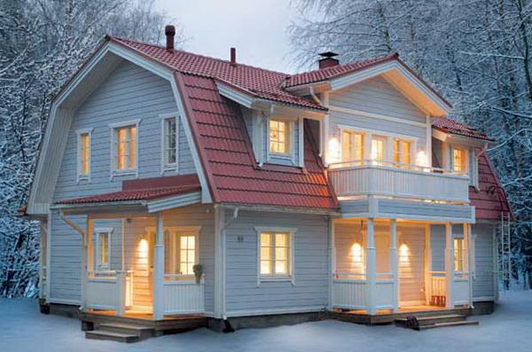 Ломаная мансардная крыша с балконом