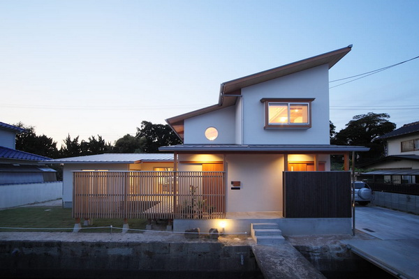 У односкатных домов нет проблем с освещением мансарды