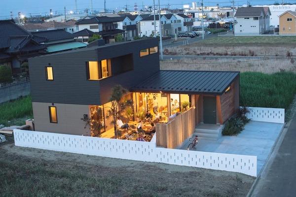 Односкатный дом с односкатной пристройкой