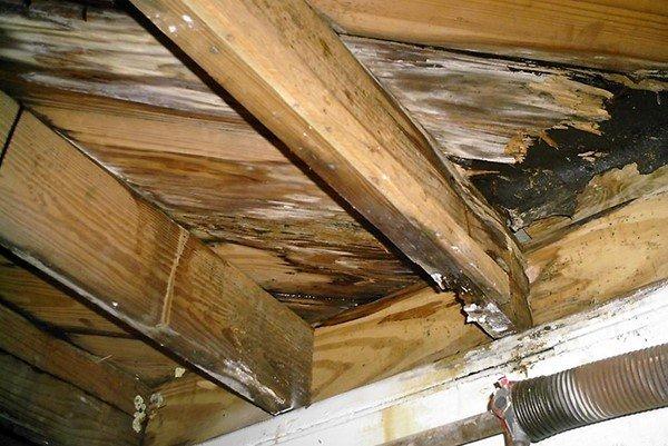 Капитальный ремонт делают при сильном повреждении стропильной системы