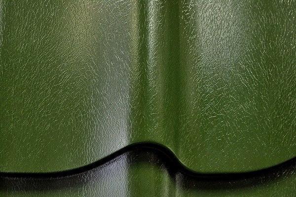 Покрытие металлочерепицы из пластизола