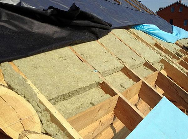 Утепление крыши из металлочерепицы минватой